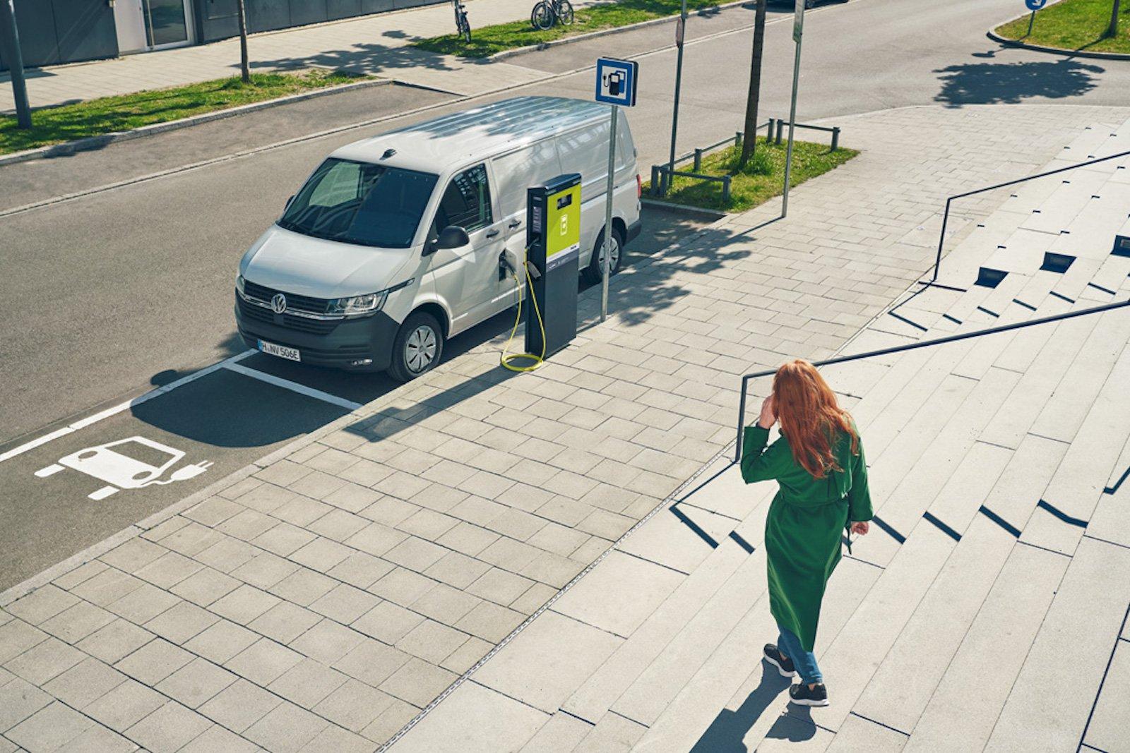 Volkswagen ABT eTransporter front three quarters