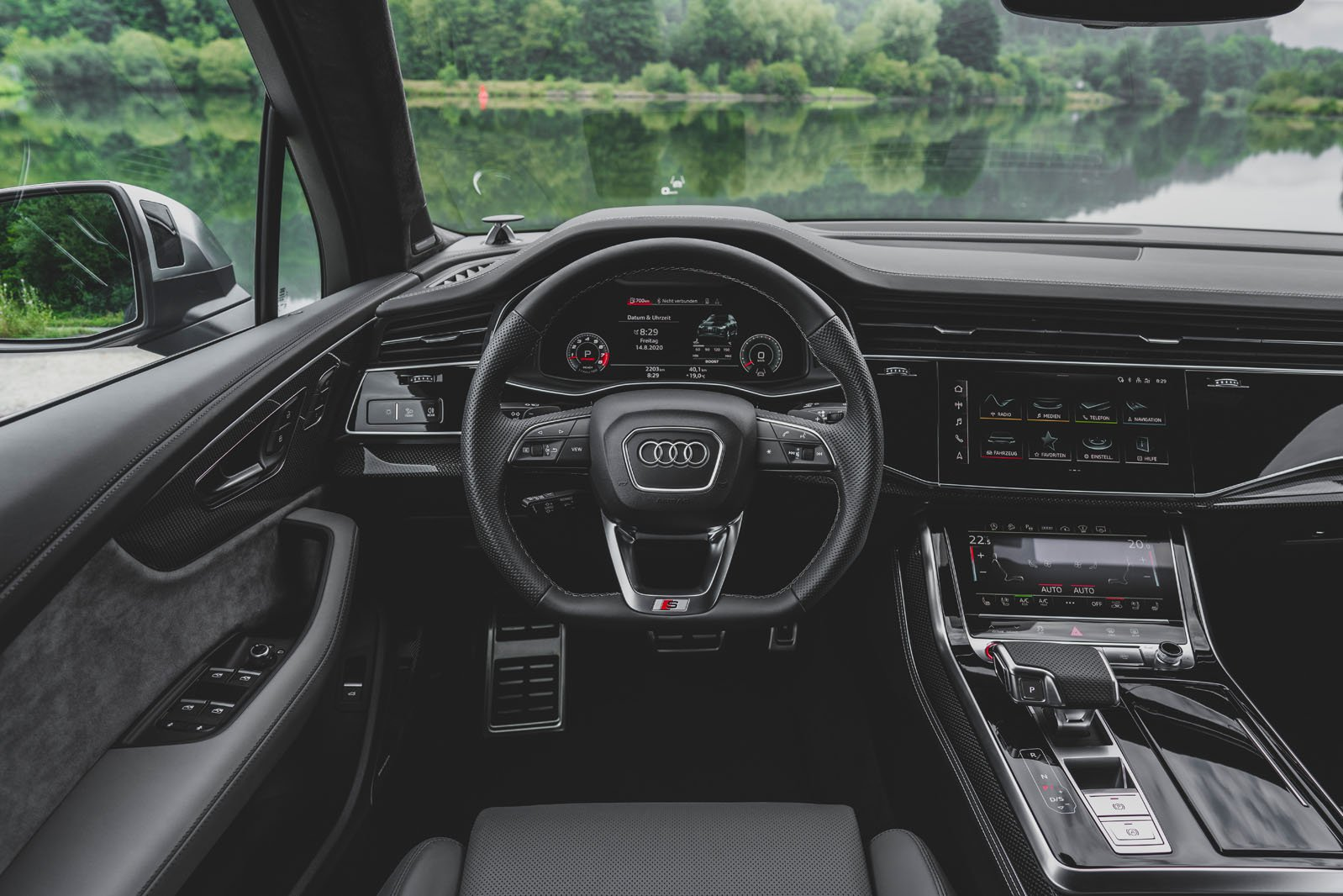 Audi SQ7 2020 dashboard