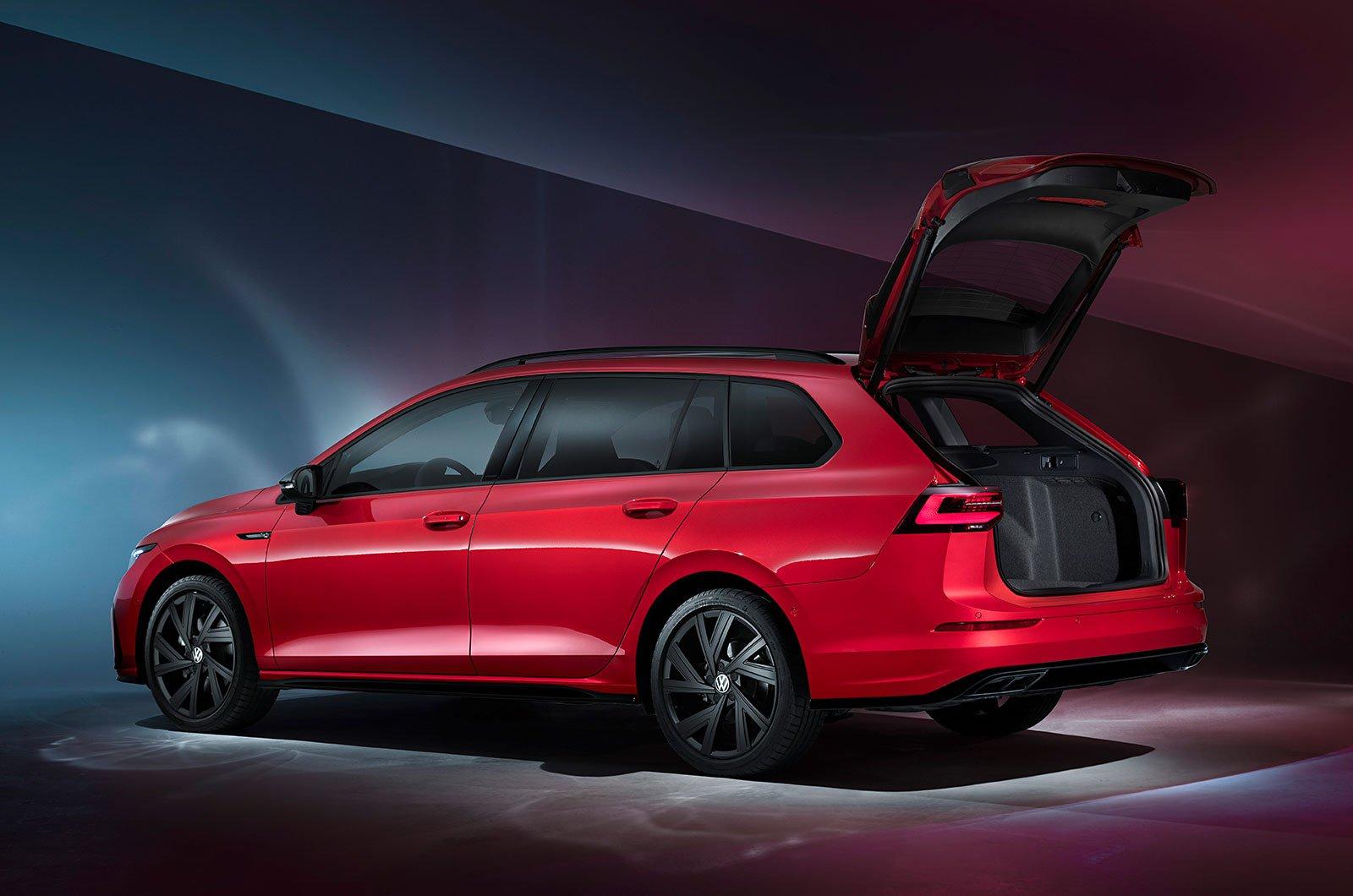 2021 Volkswagen Golf Estate rear