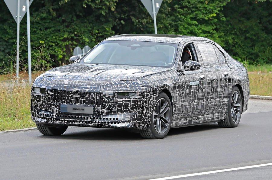 BMW i7 prototype front