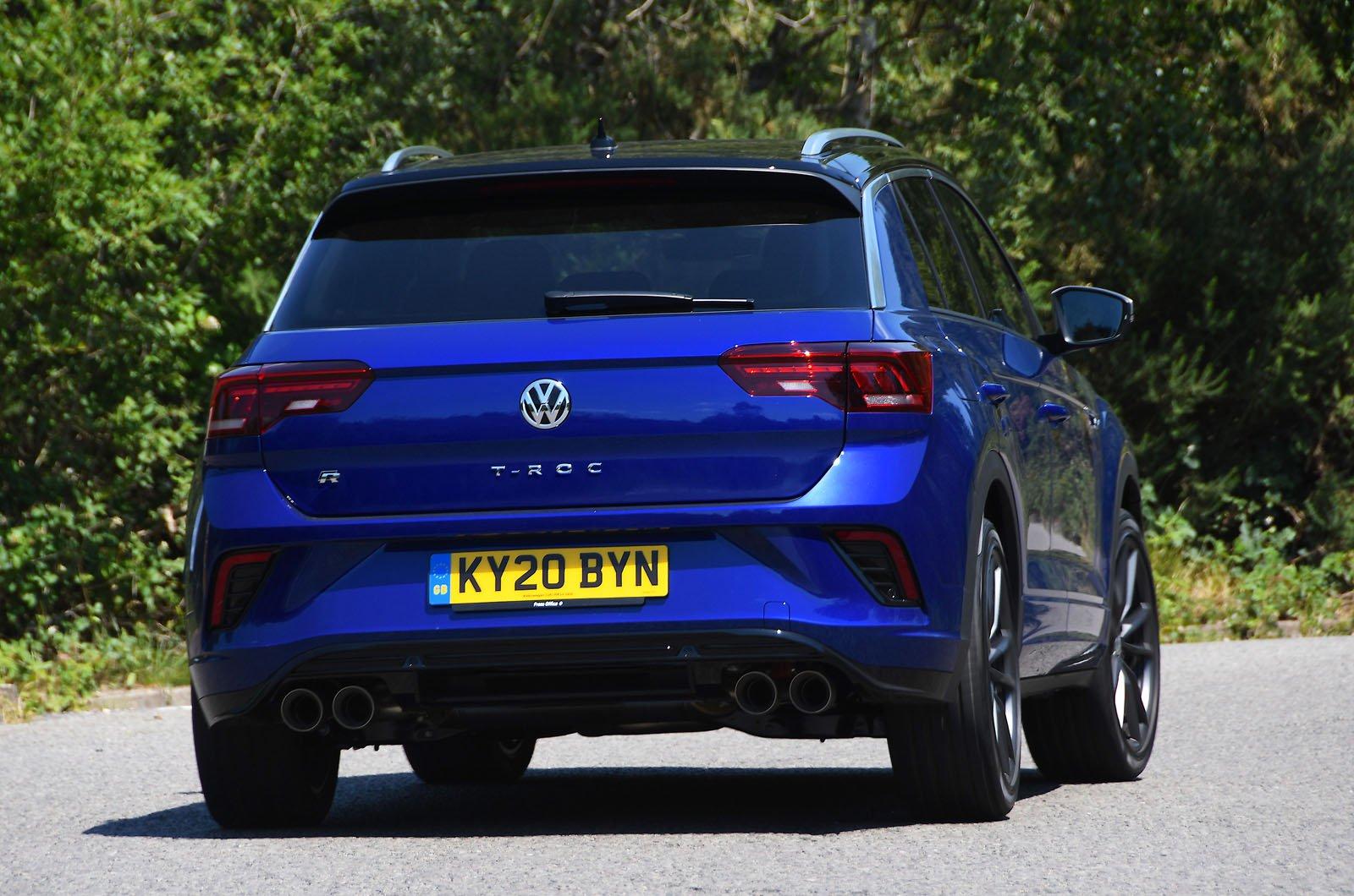 LT Volkswagen T-Roc R tail
