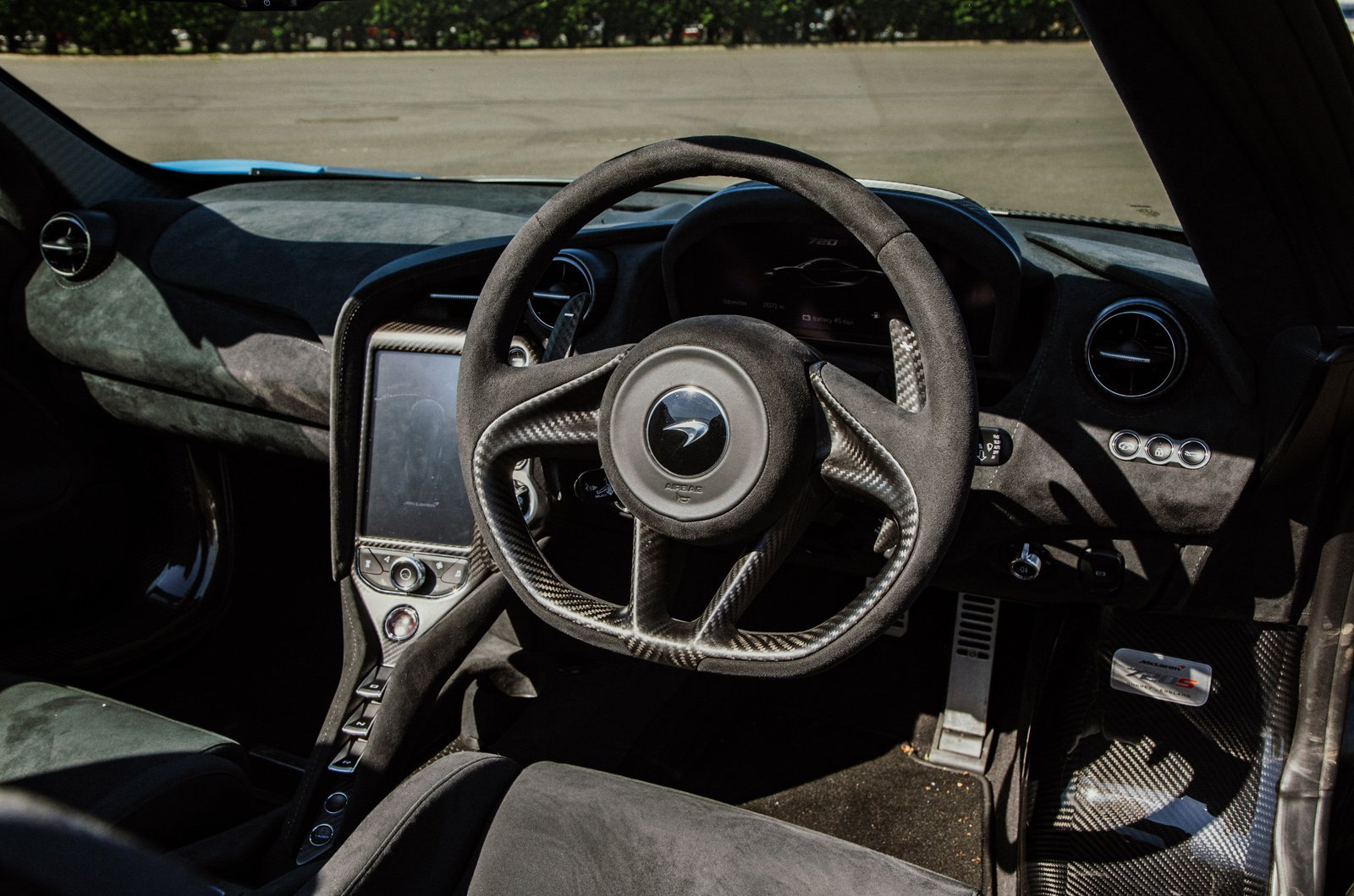 McLaren 720S Spider dashboard