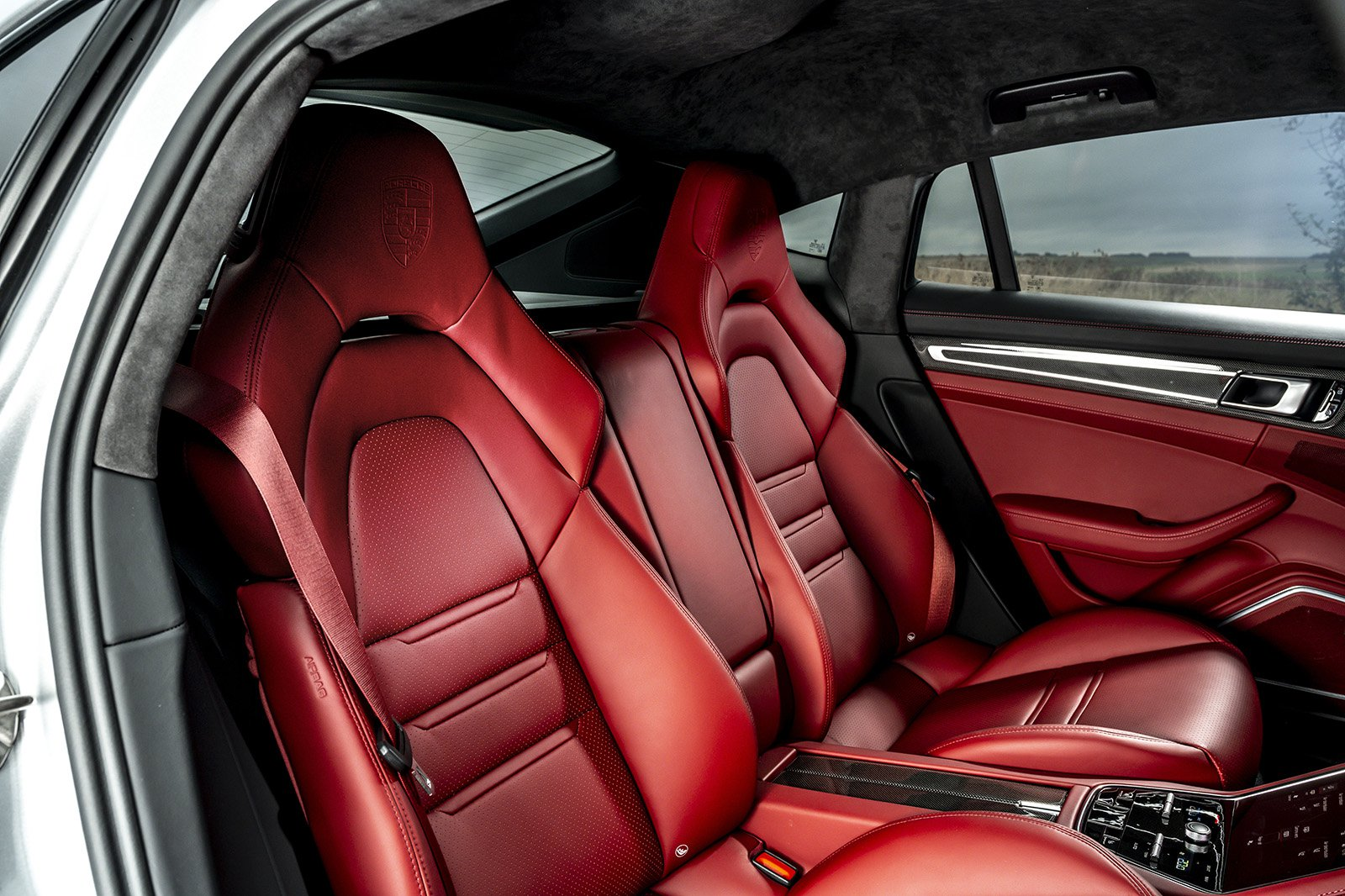 Porsche Panamera 2020 rear seats