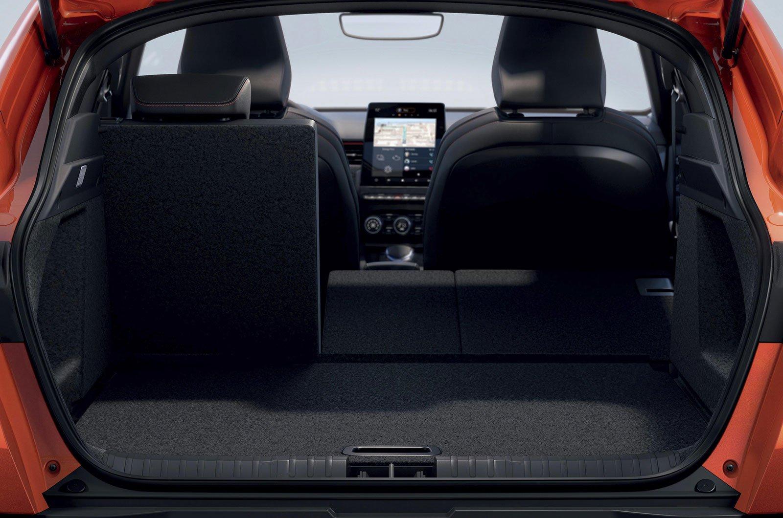2021 Renault Arkana rear seats