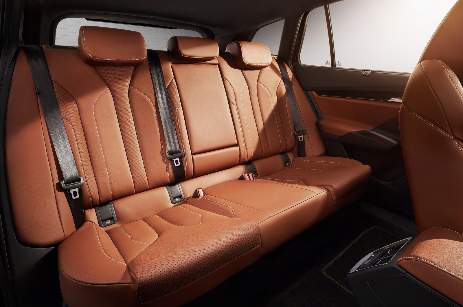 Skoda Enyaq iV rear seats