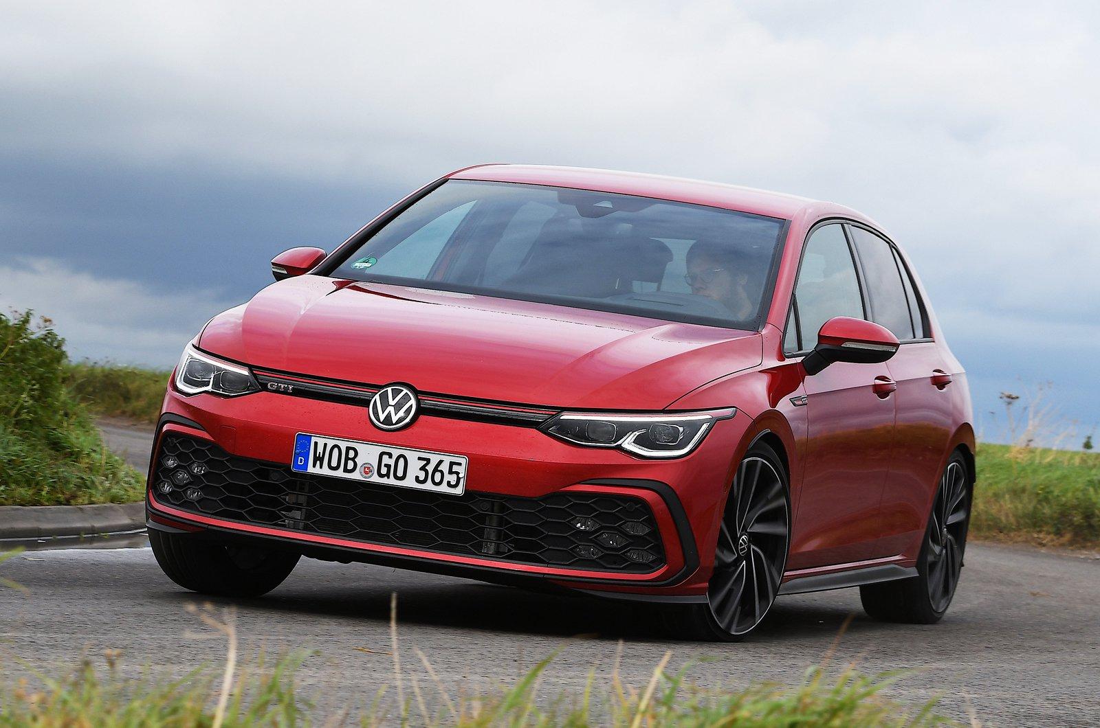 2020 Volkswagen GTI front