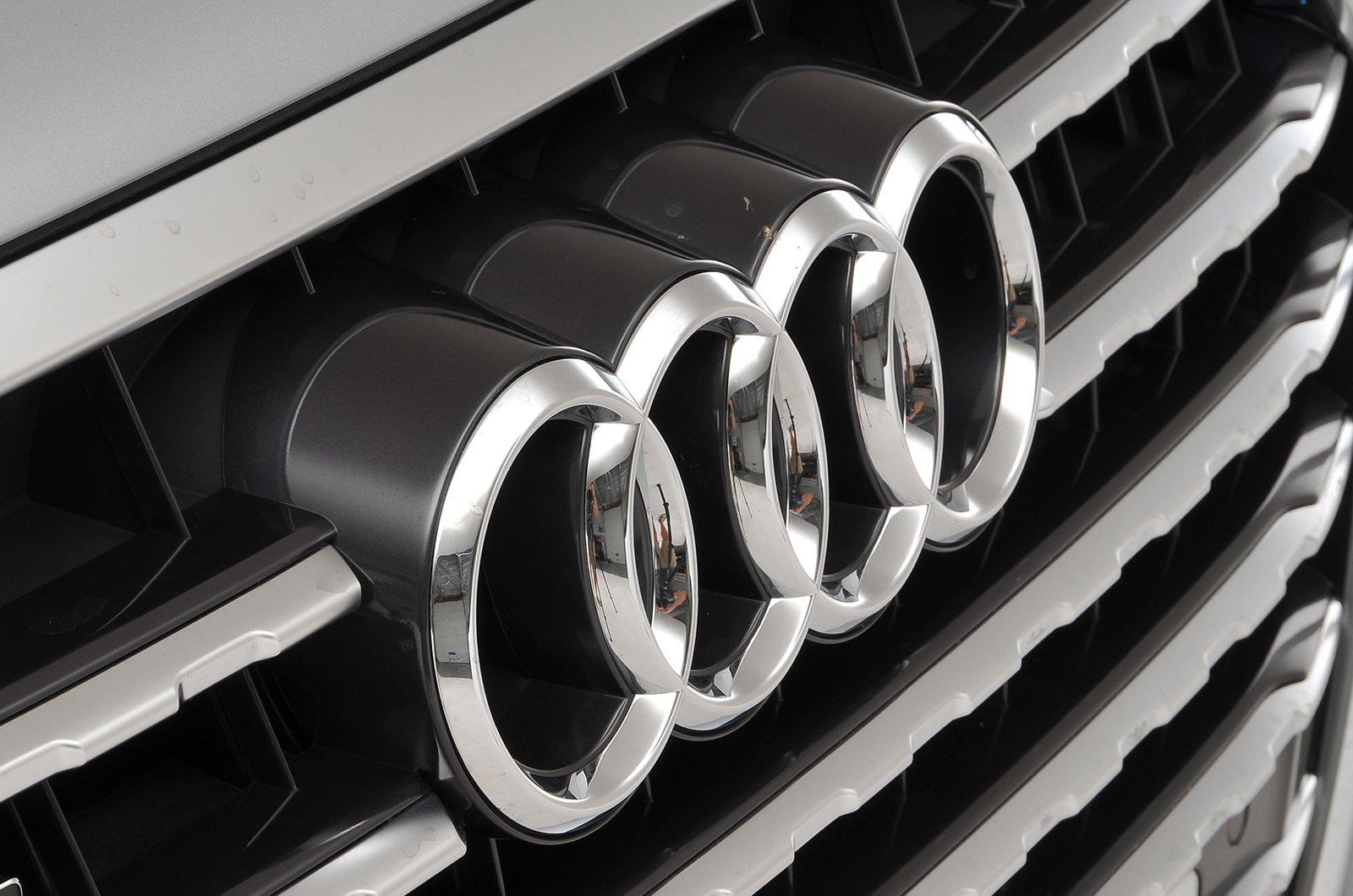 Audi Q7 badge