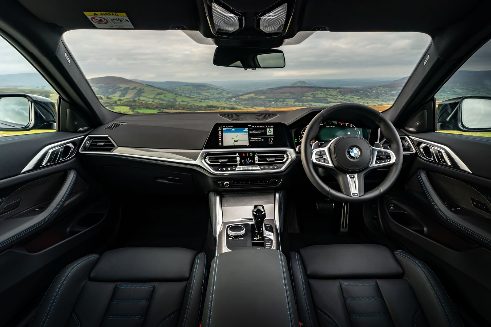 BMW 4 Series Coupé 2021 dashboard