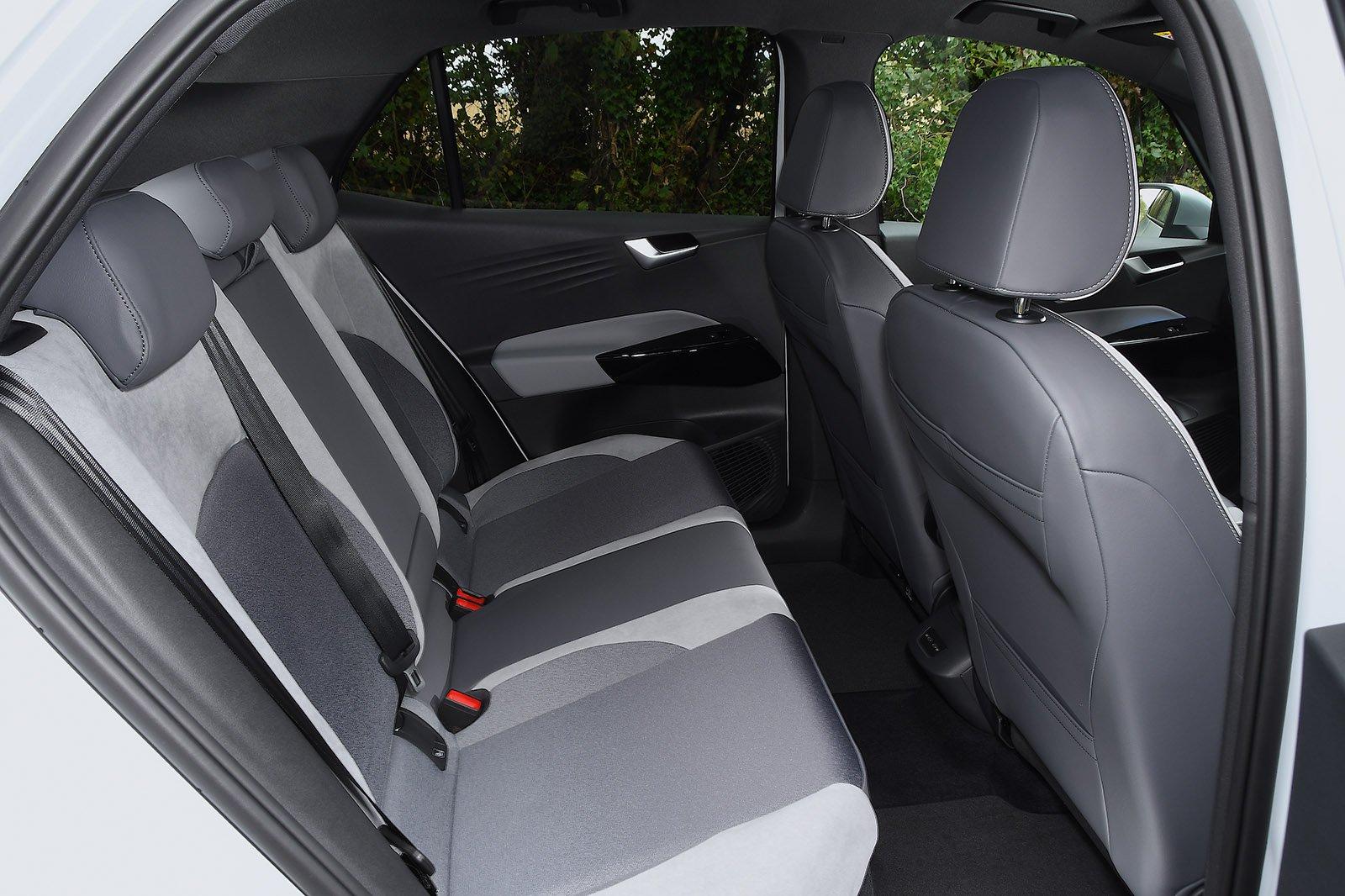 Volkswagen ID.3 2021 rear seats