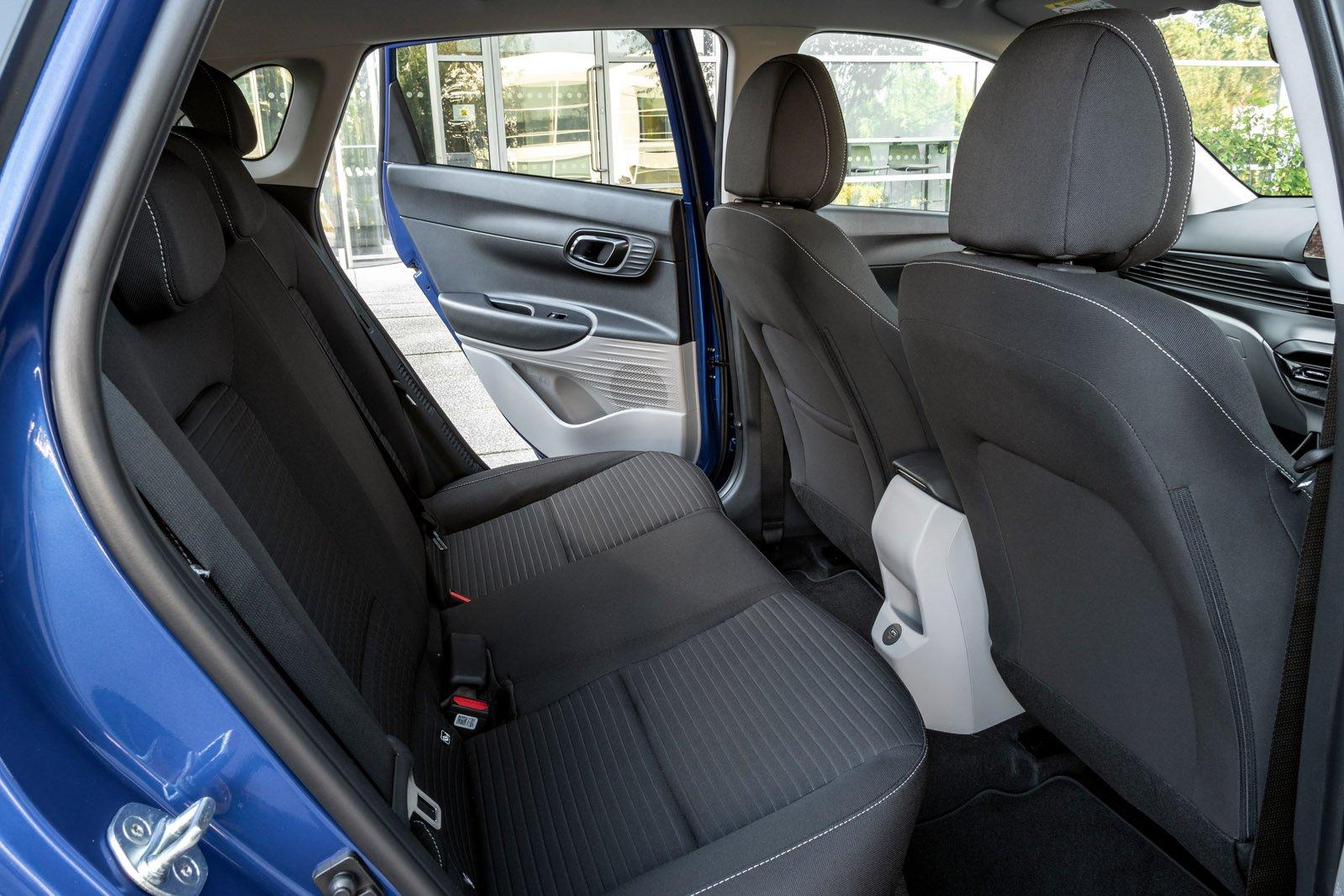 Hyundai i20 2020 rear seats