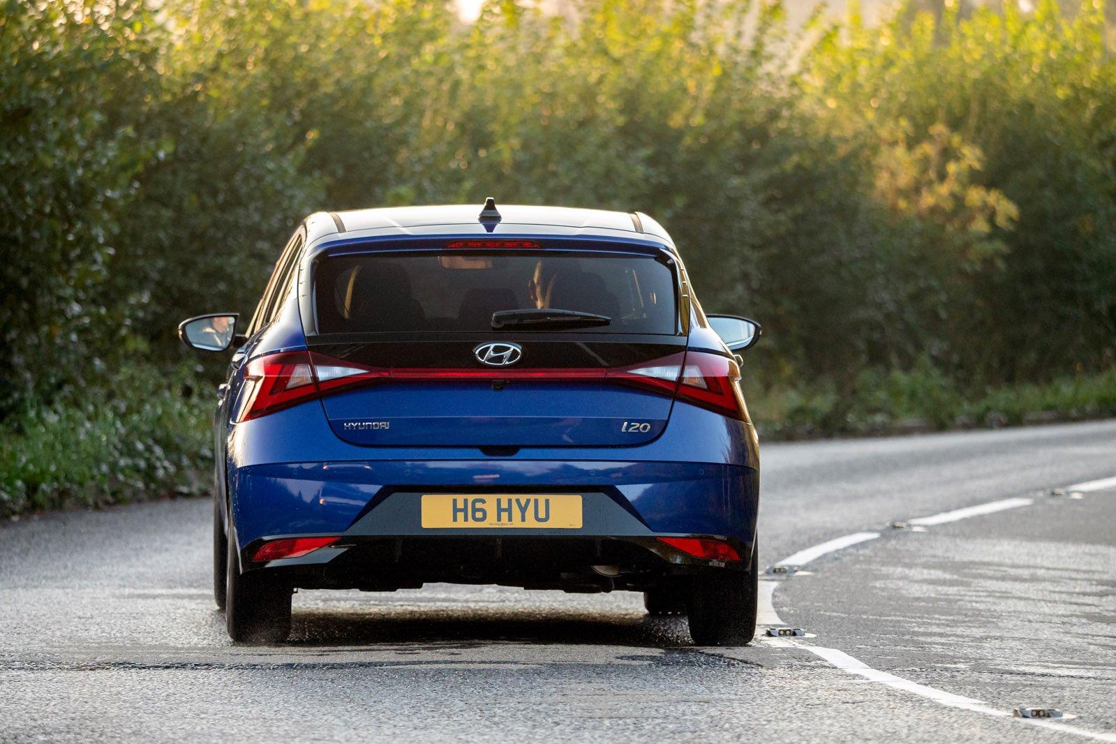 Hyundai i20 2020 rear cornering