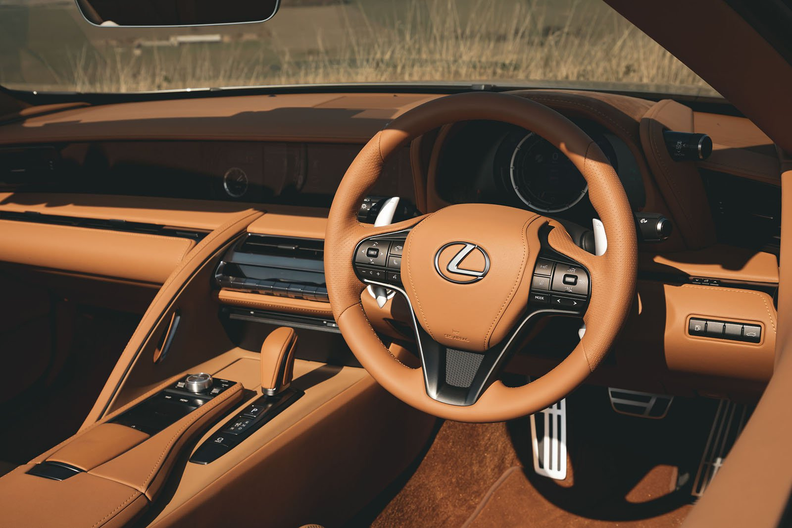 Lexus LC 500 Convertible 2020 dashboard