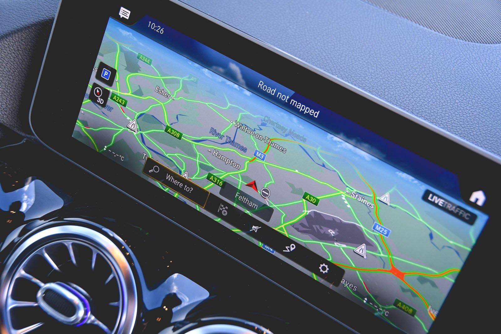 Mercedes B-Class MPV 2020 infotainment