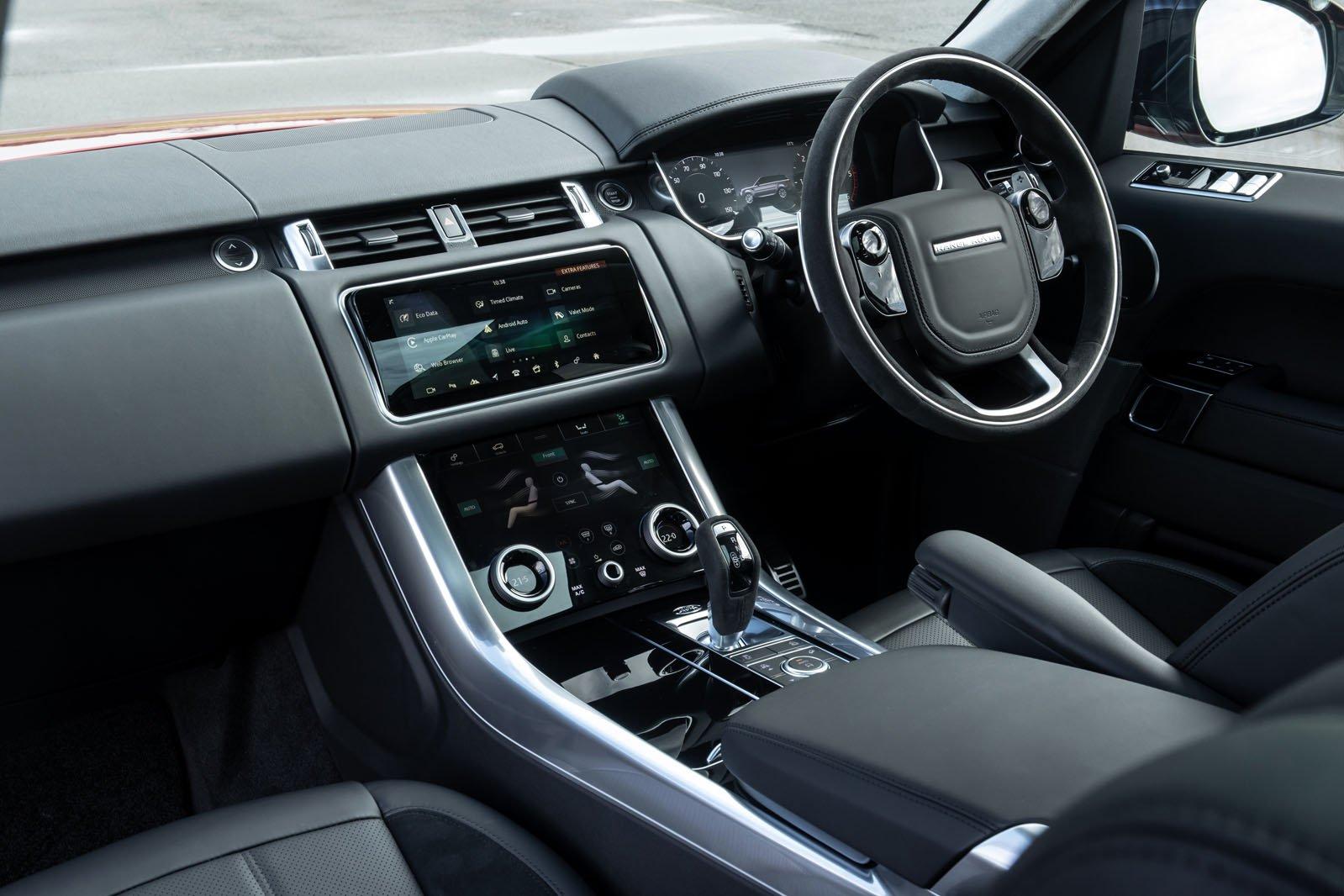 Land Rover Range Rover Sport 2021 interior dashboard