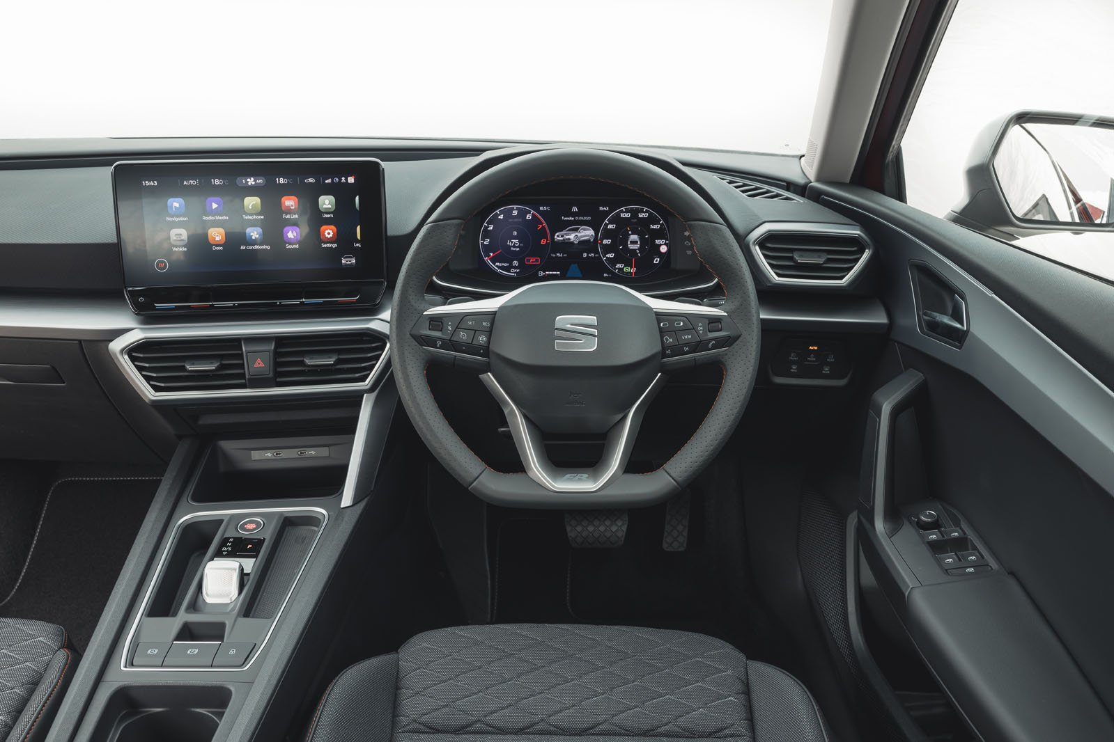 Seat Leon Estate 2020 dashboard
