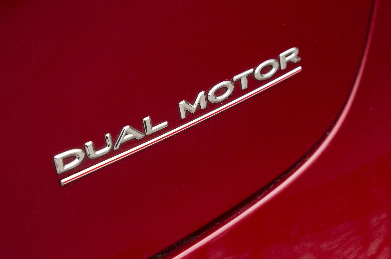 Tesla Model 3 Dual Motor badge