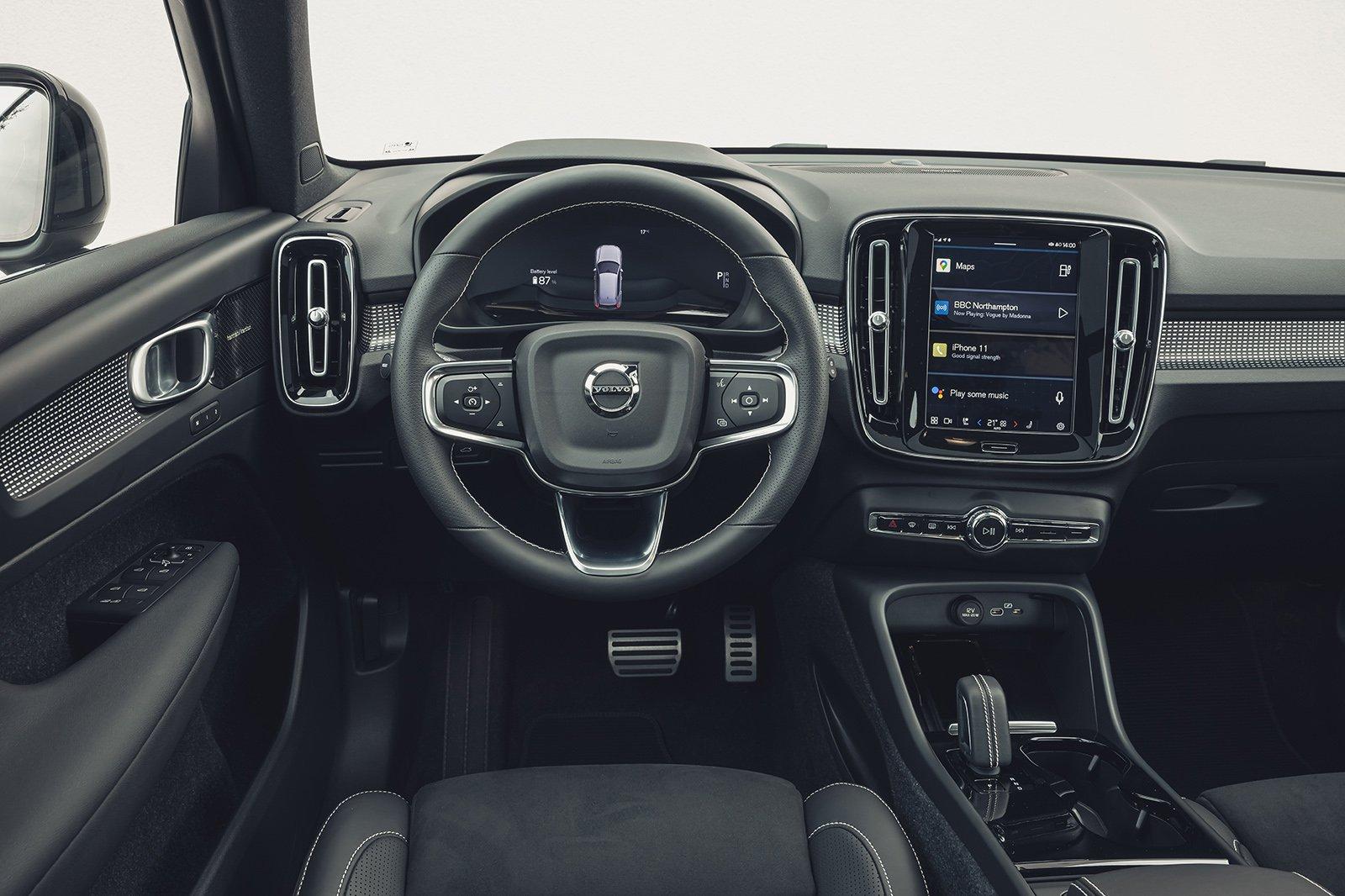 Volvo XC40 Electric dashboard