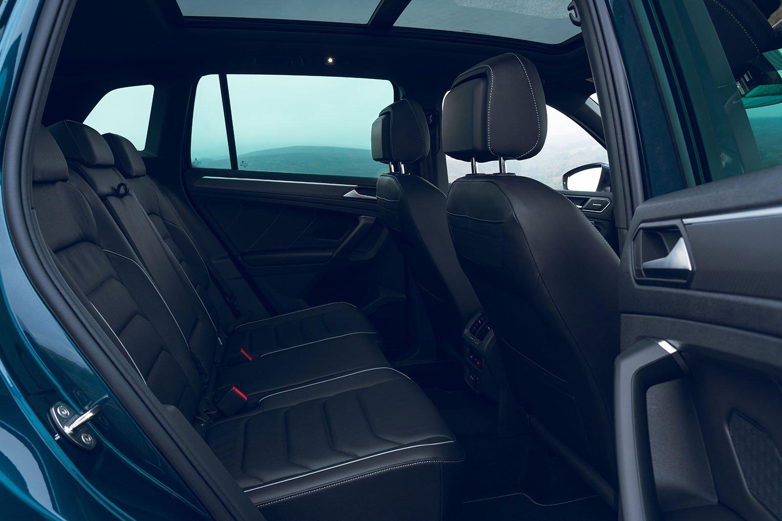 Volkswagen Tiguan 2021 Rear seats