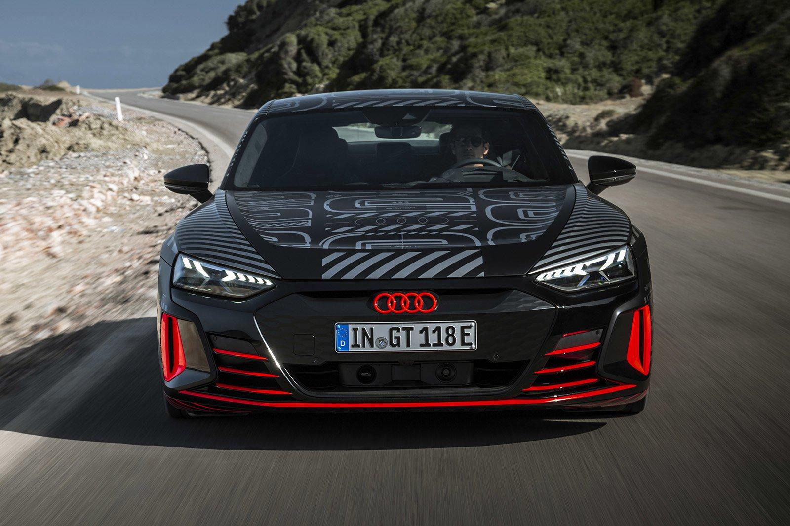 2021 Audi RS e-tron GT front