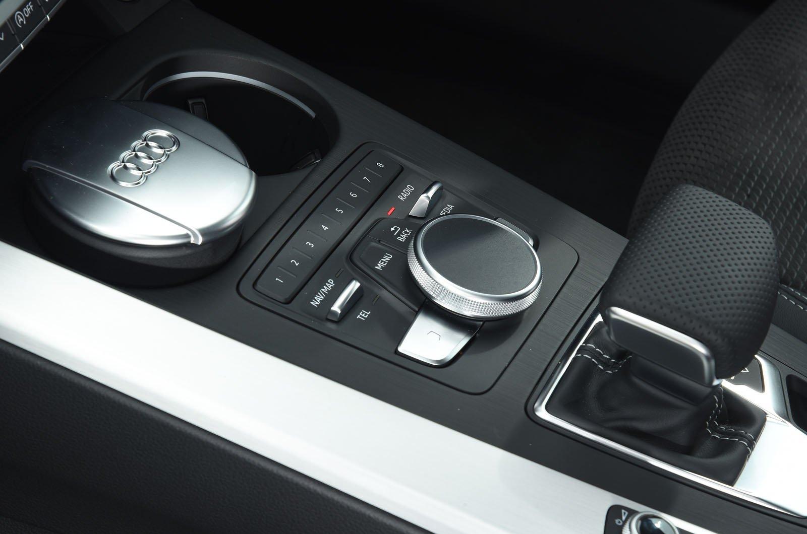 Audi A5 Sportback MMI rotary controller