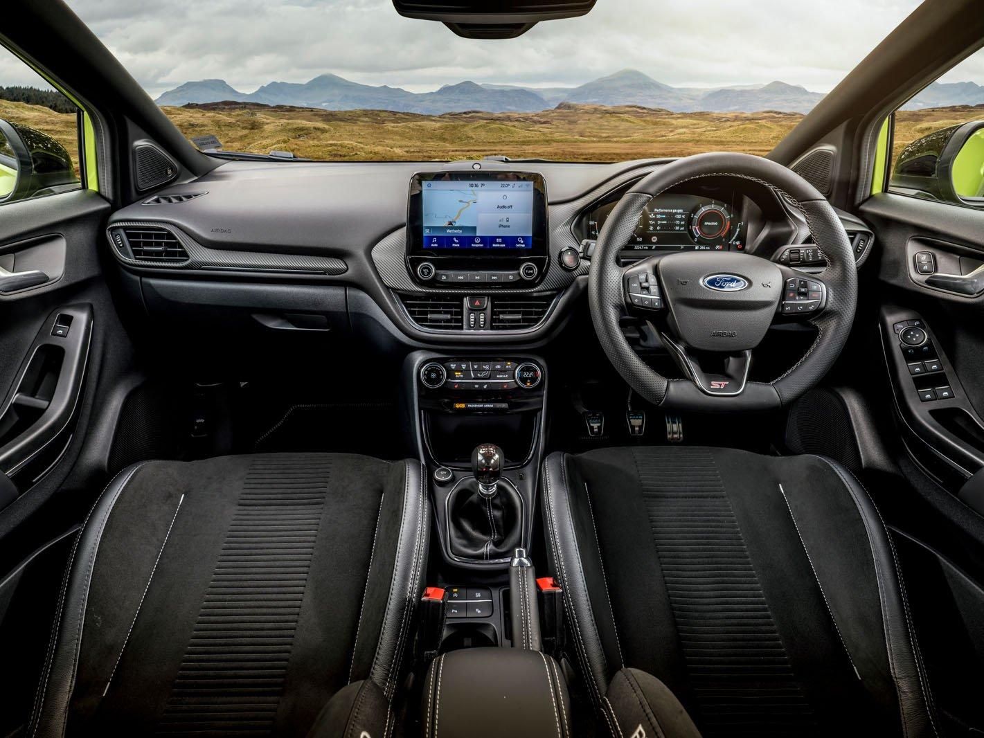 Ford Puma ST 2021 dashboard
