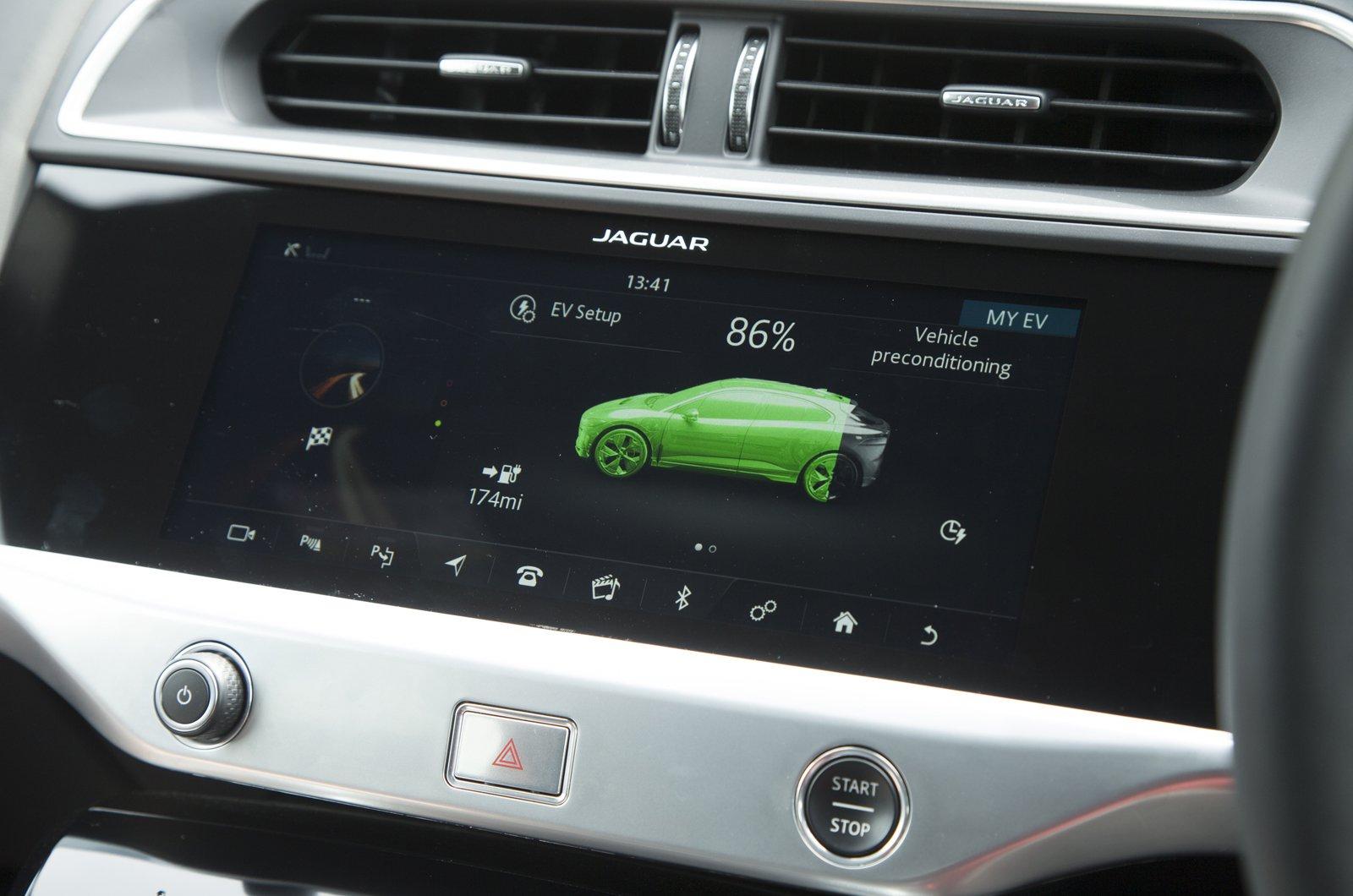 Jaguar I-Pace charging menu
