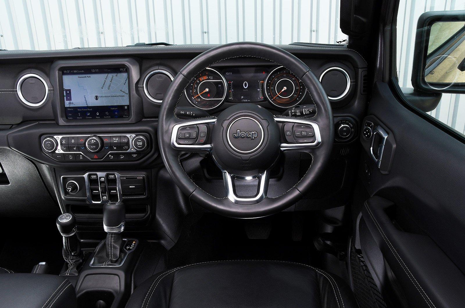 Jeep Wrangler dashboard