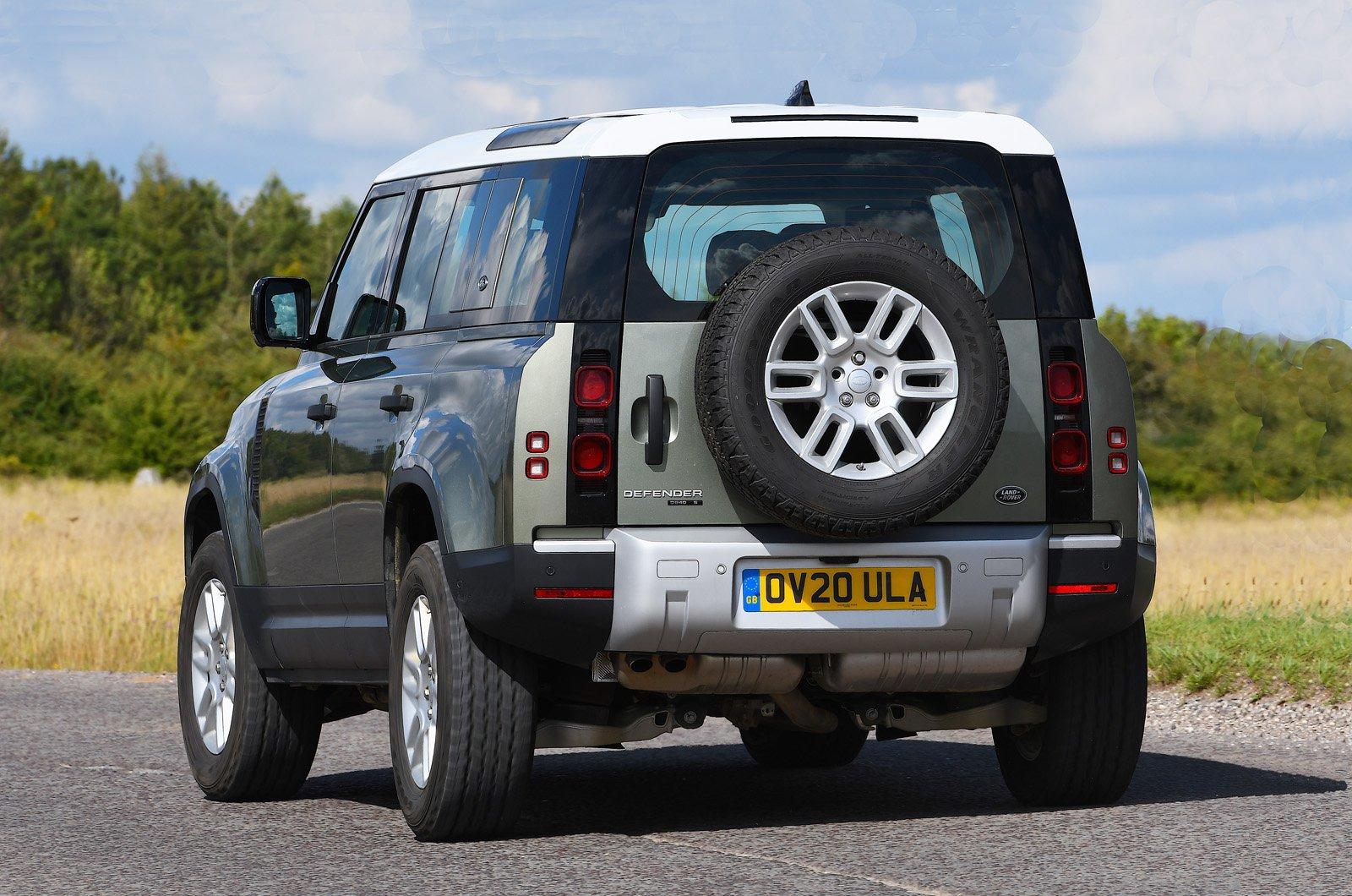 Land Rover Defender rear cornering