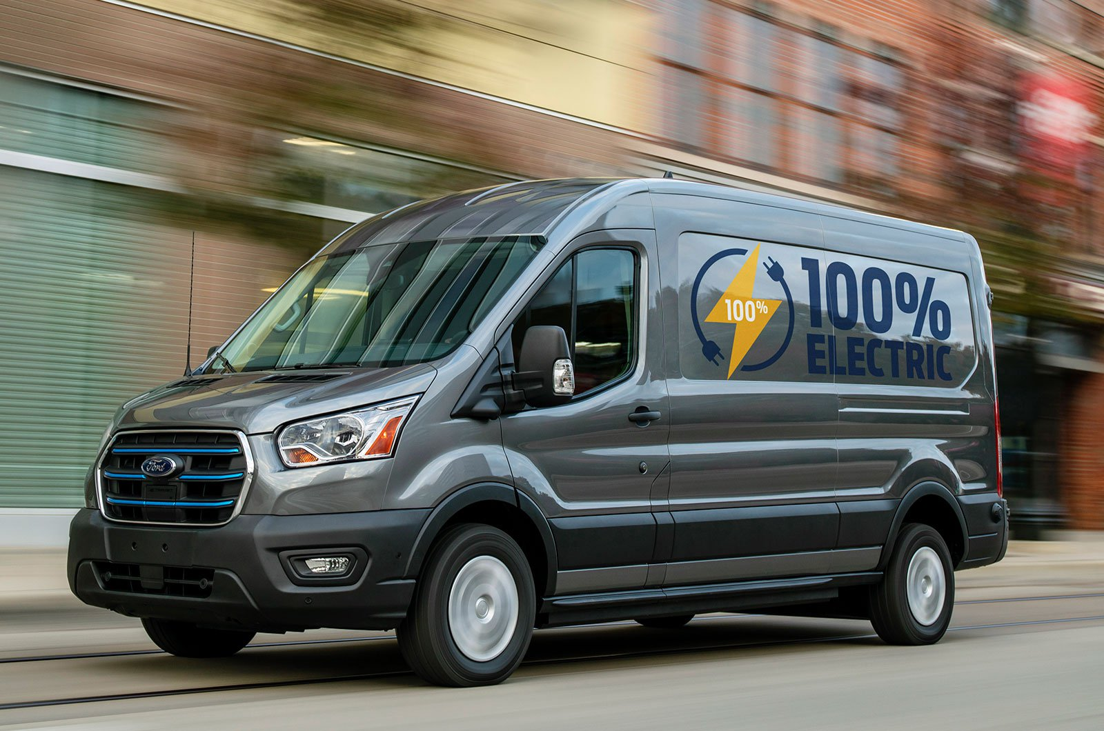 2022 Ford E-Transit front