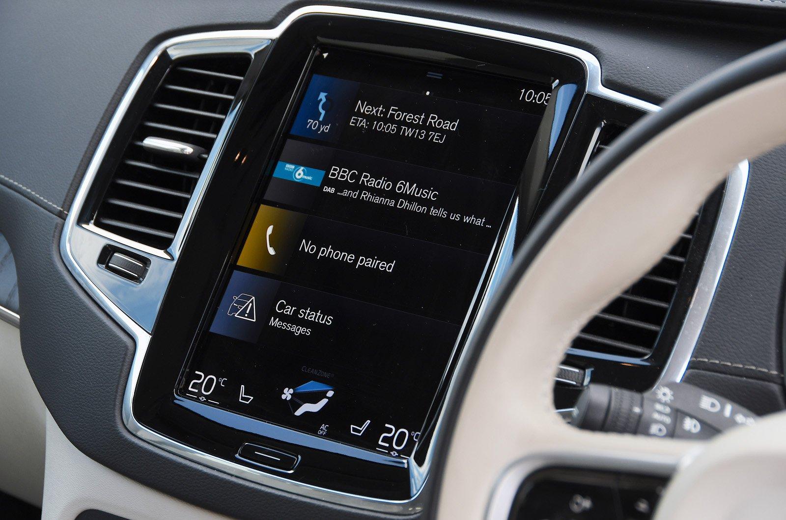 Volvo XC90 touchscreen