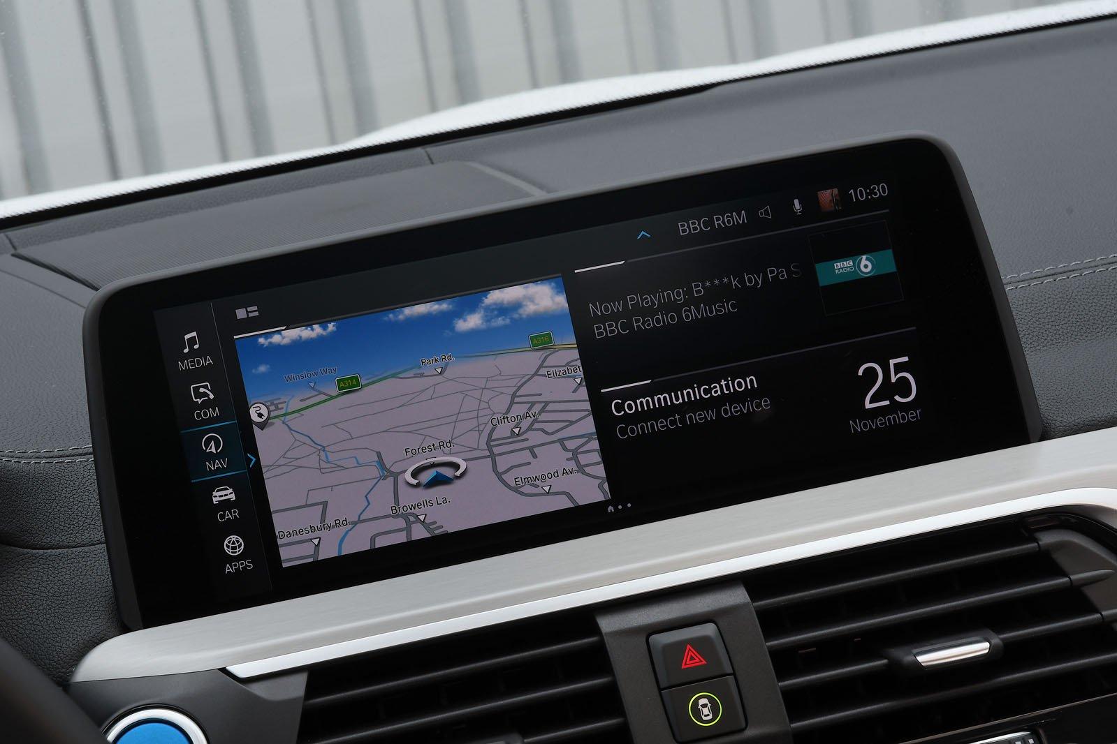 BMW iX3 2020 Infotainment