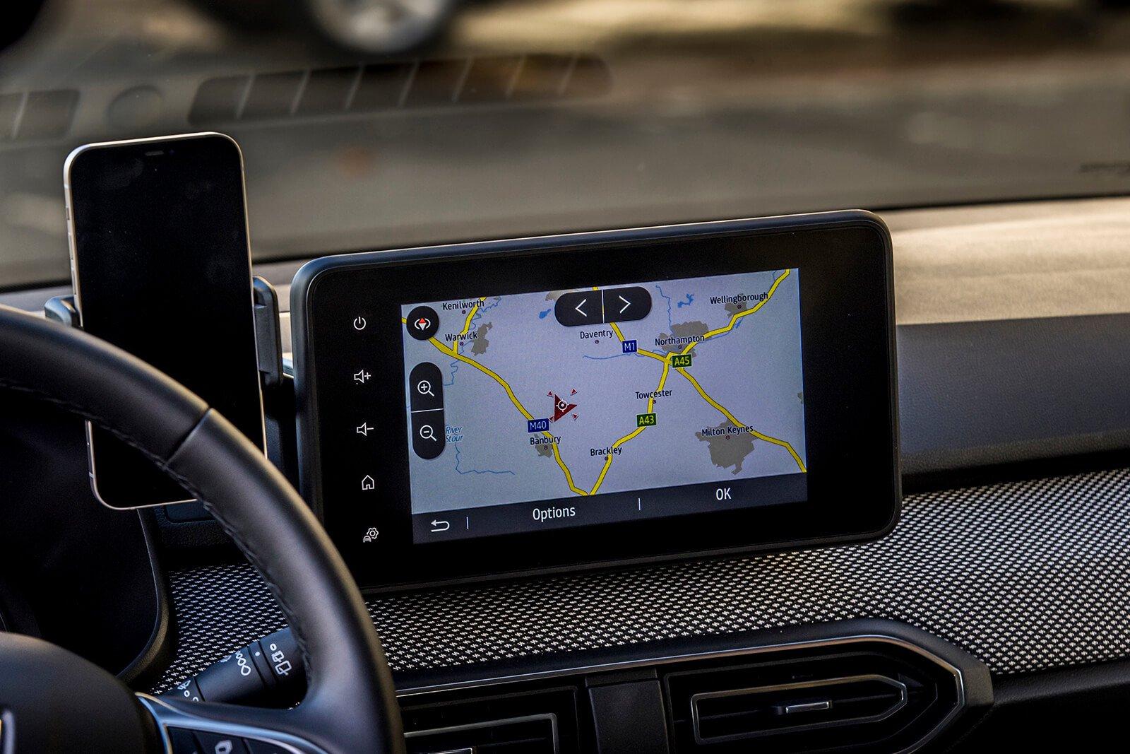 Dacia Sandero 2021 Infotainment with docked smartphone