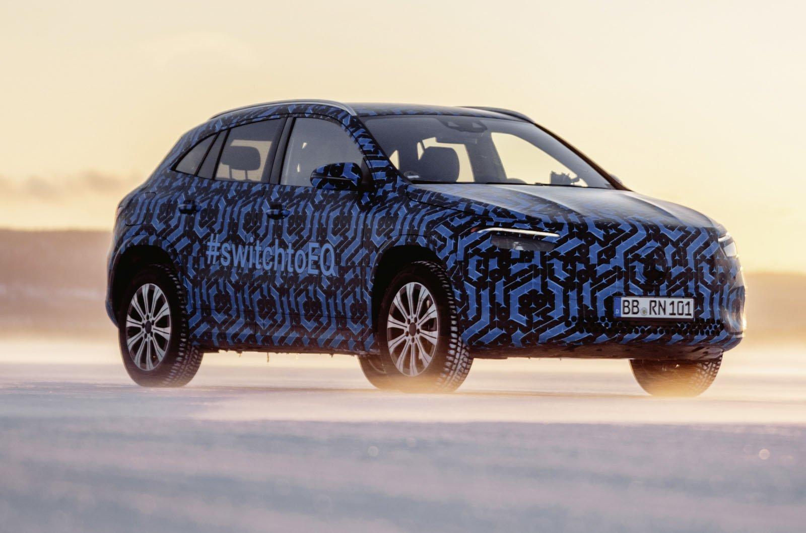 Mercedes-Benz EQA spyshot