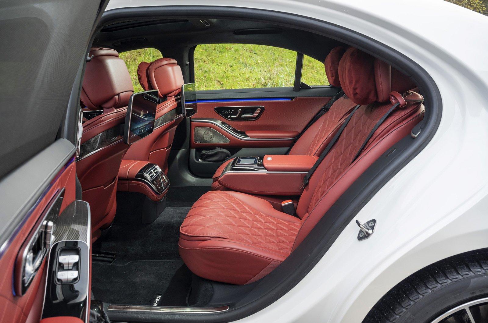 Mercedes S-Class 2021 rear seats