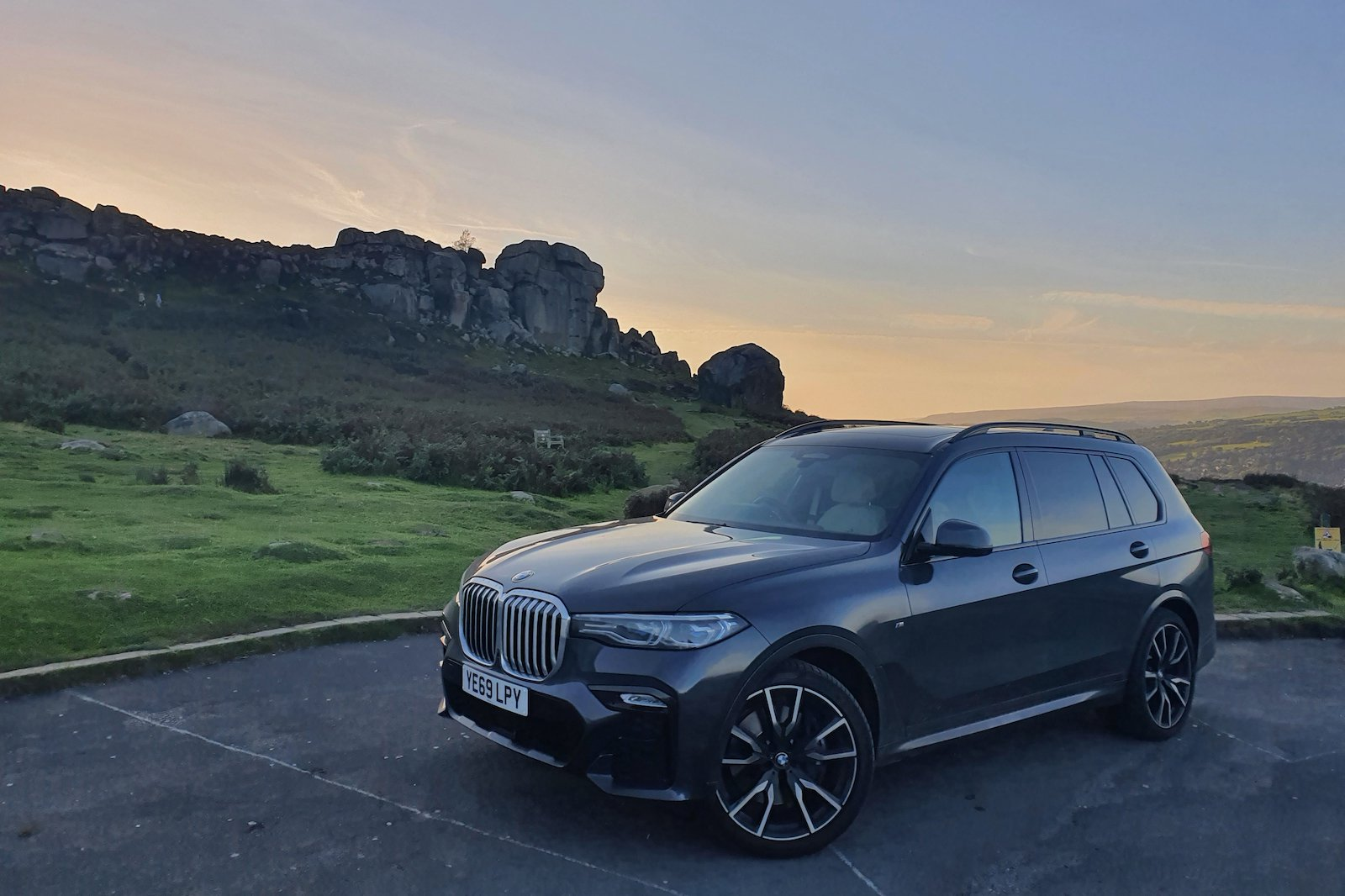BMW X7 Cow and Calf