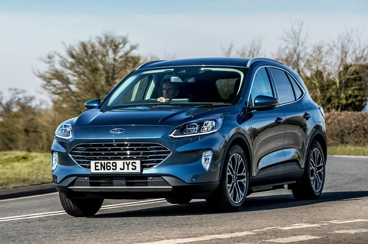 Ford Kuga front cornering - 69 plate