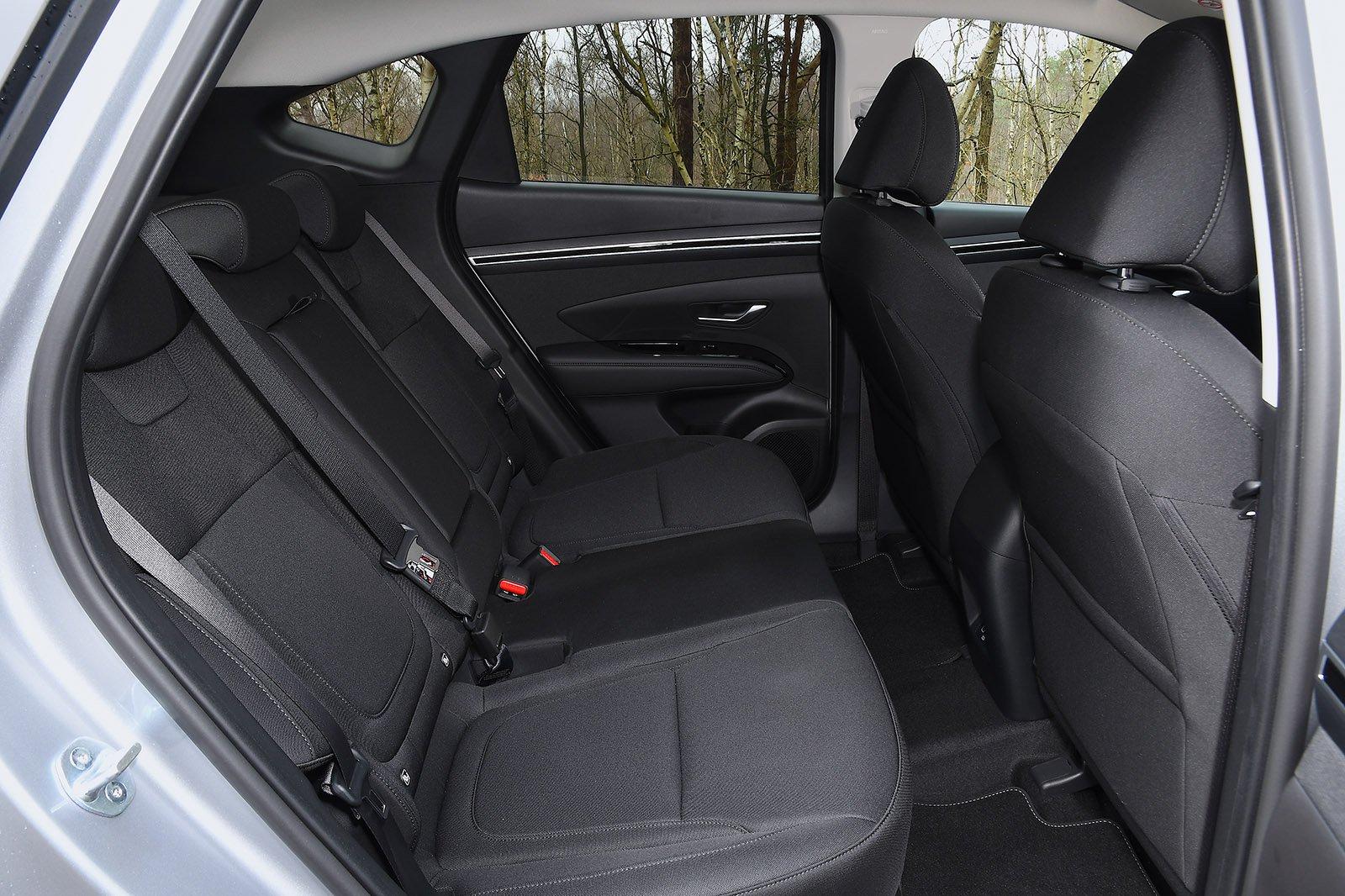 Hyundai Tucson 2021 rear seats