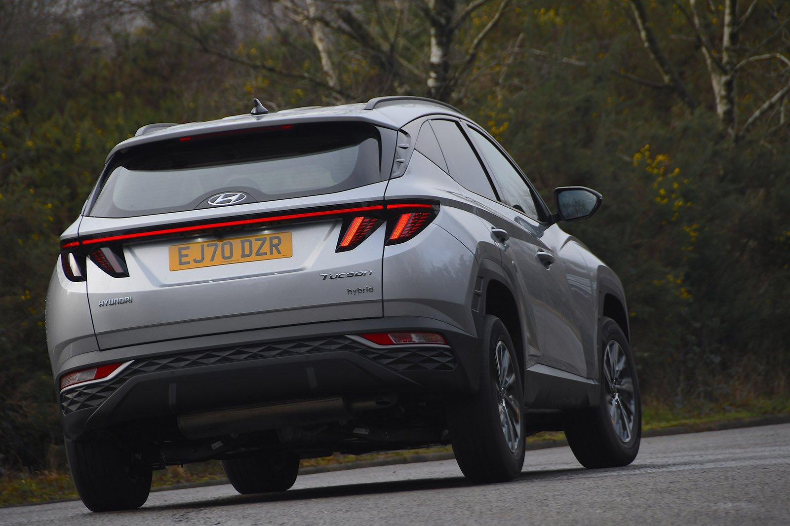 Hyundai Tucson 2021 rear cornering