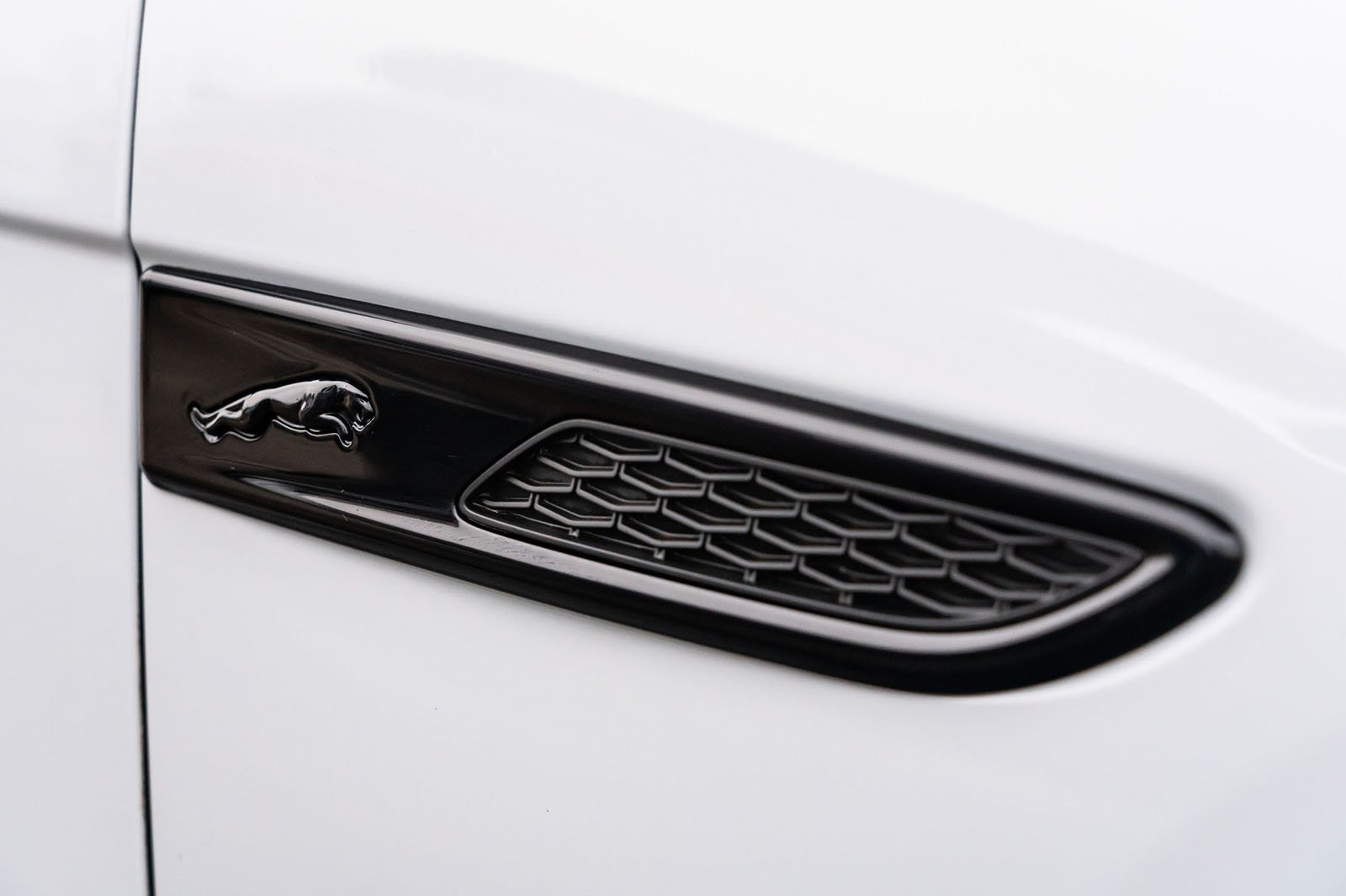 Jaguar XF 2021 vent detail