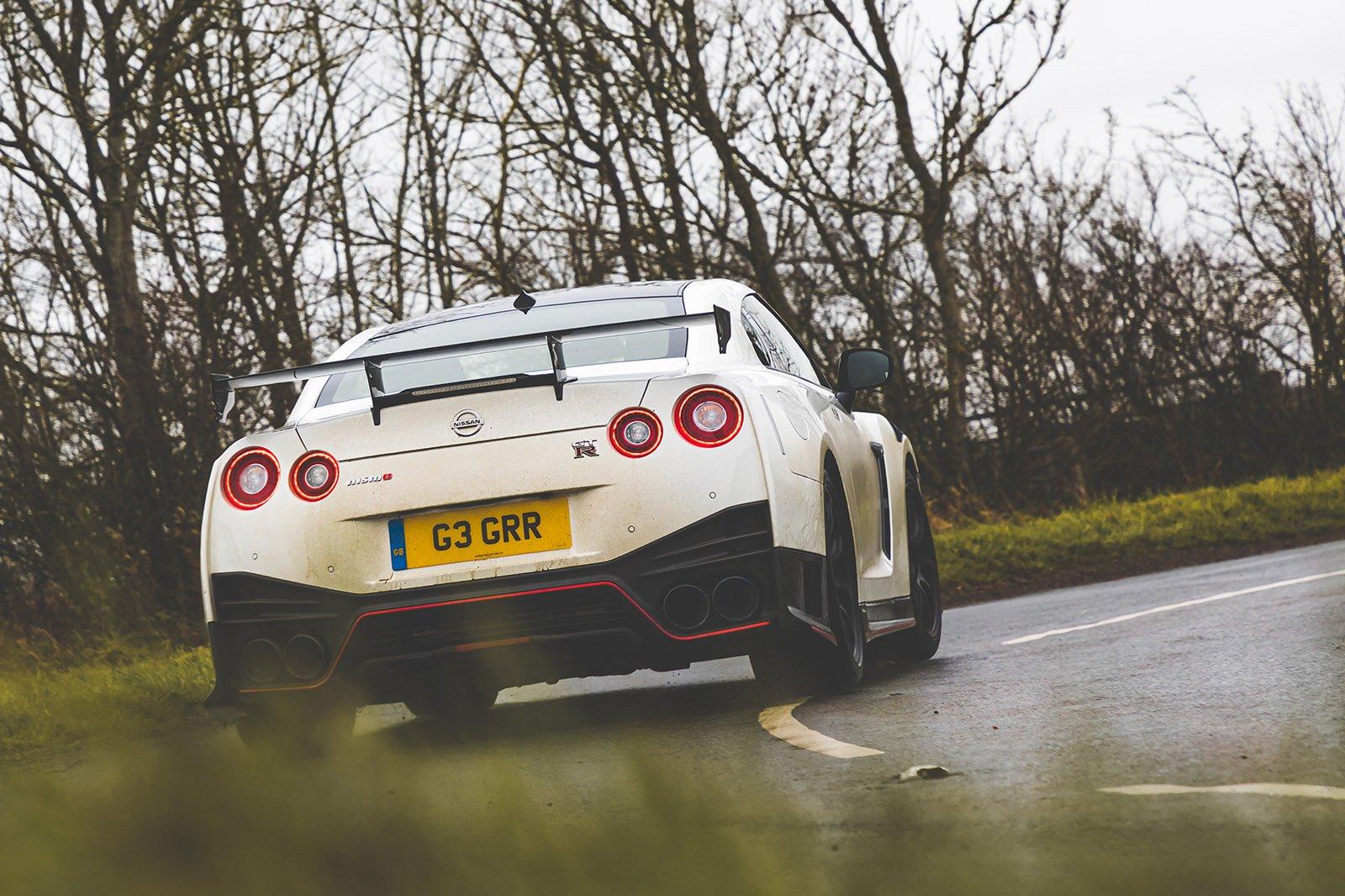 Nissan GT-R 2021 rear cornering