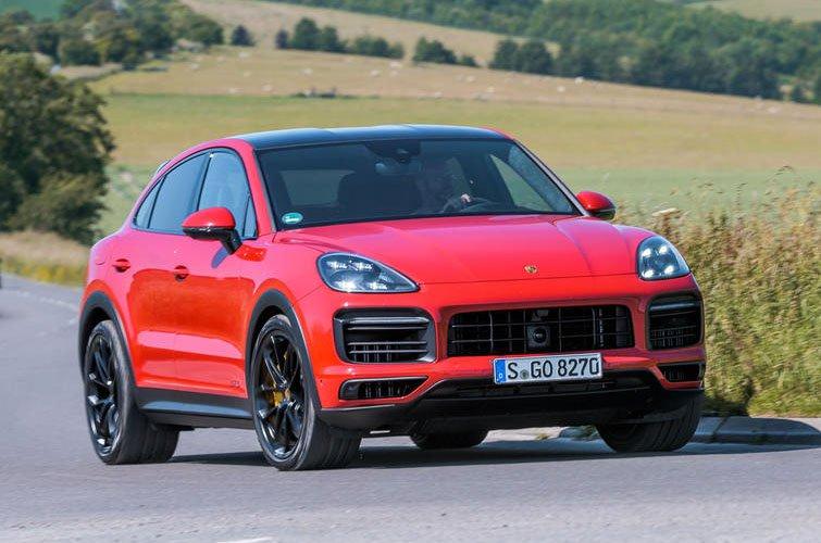 Porsche Cayenne Coupe GTS front