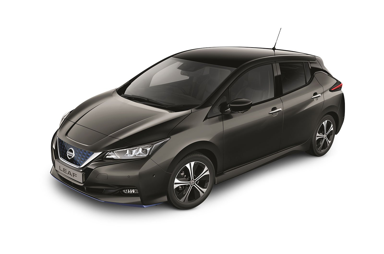 With great range and easy cost-effective charging on all-electric cars like the Nissan LEAF, there are lots of benefits to making the switch ahead of 2030