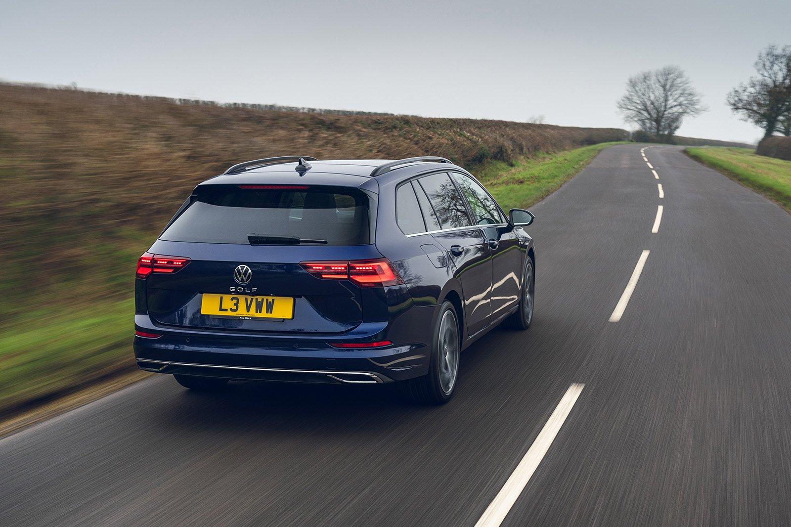 Volkswagen Golf Estate 2021 rear tracking