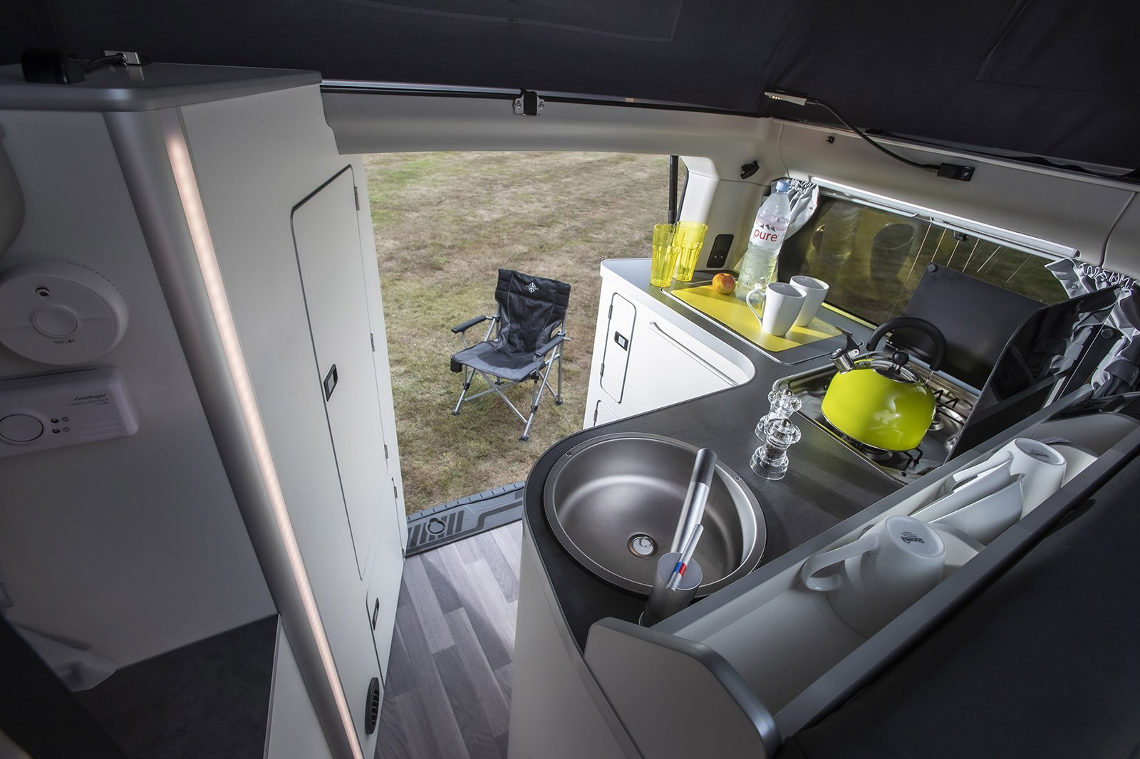 Ford Transit Nugget 2021 kitchen area