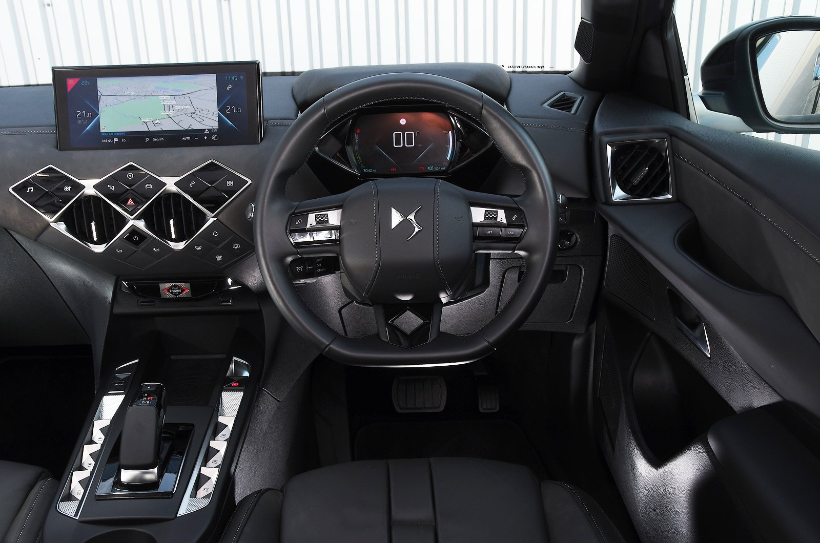 DS 3 Crossback E-Tense dashboard