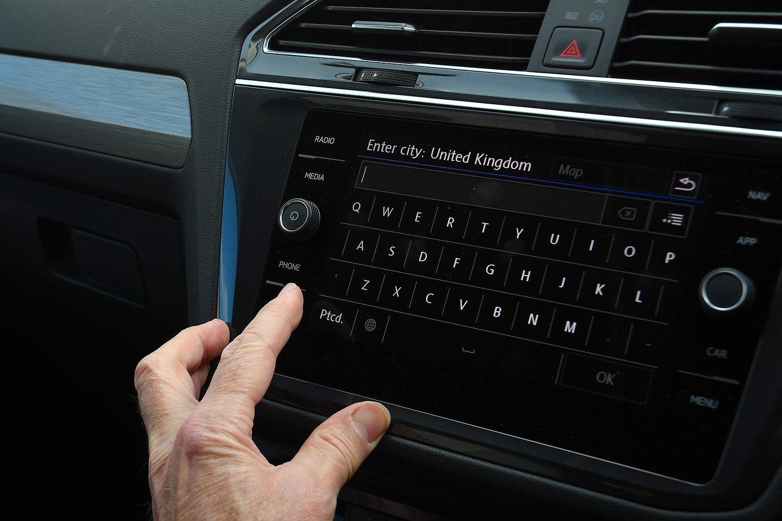 Volkswagen Tiguan Allspace long-term infotainment
