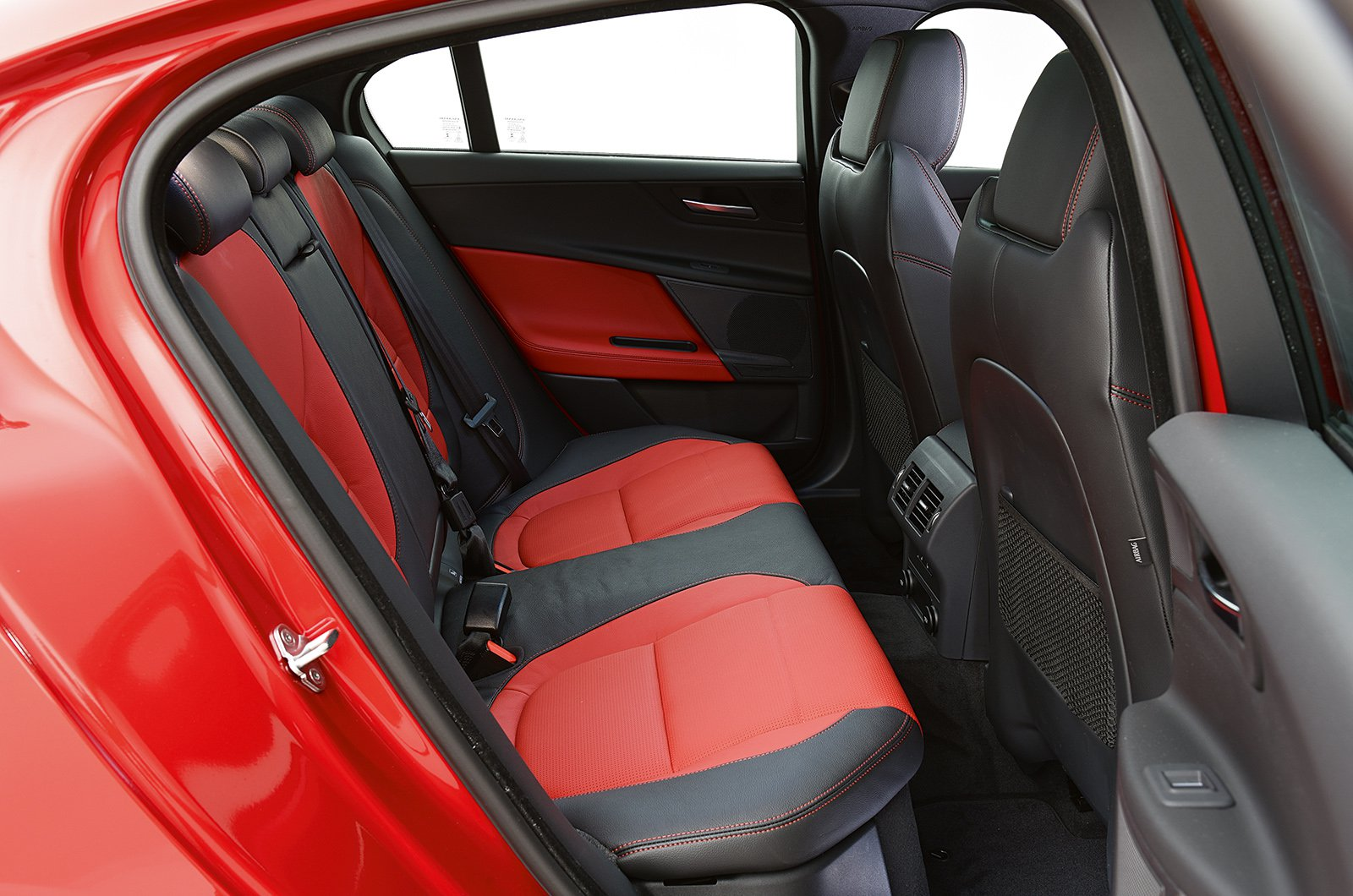 Jaguar XE rear leg room