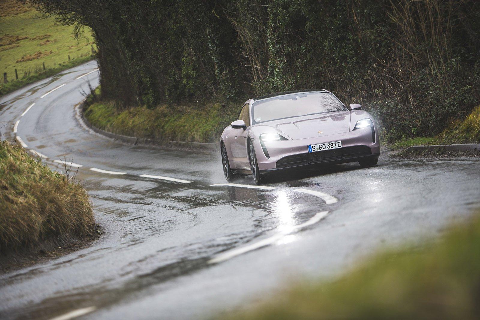 2021 Porsche Taycan RWD front 3/4