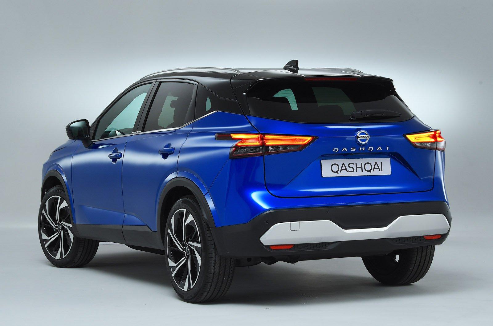 Nissan Qashqai 2021 rear studio