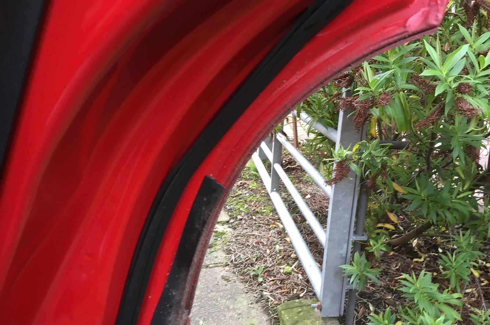 Seat Ateca loose weatherstrip